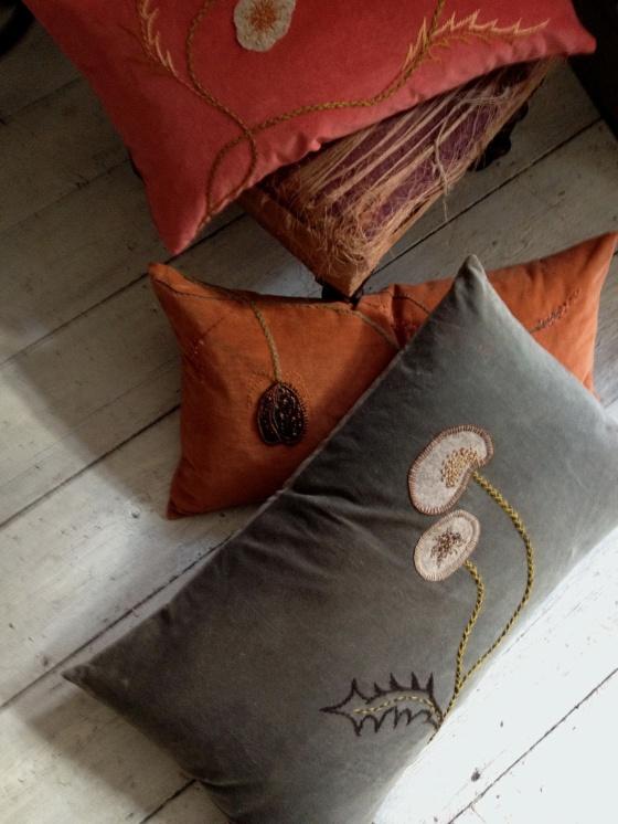 emb kh cushions
